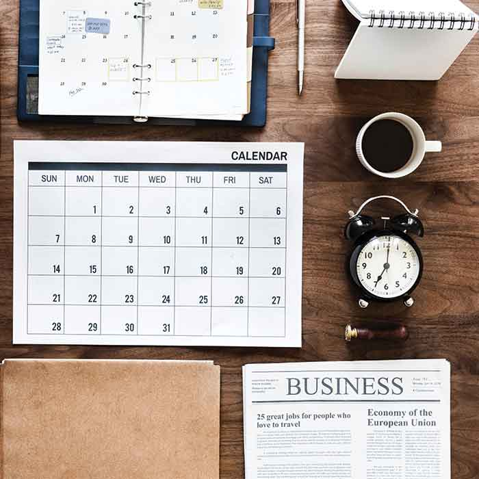 calendar ,pen ,coffee , clock, notepad